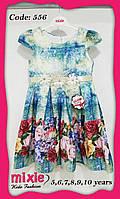 Детское платье с нежным цветочным принтом