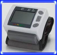 Автоматический тонометр на запястье