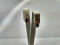 Аккуратные красивые золотые серьги 585* с зелеными камнями
