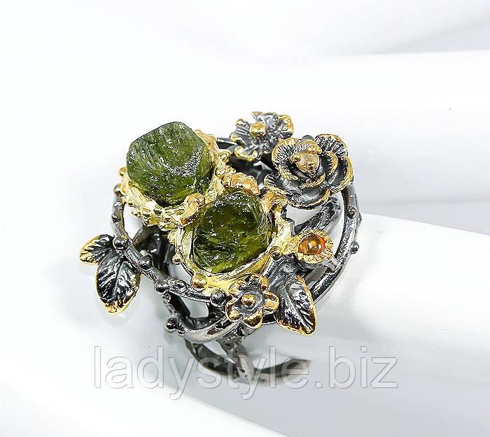 """Серебряный перстень """"Цветочный """" с зеленым сапфиром , размер 18,6"""