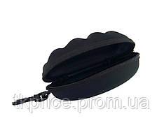 Футляр для  очков черный с карабином на молнии
