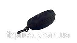 Футляр для  очков черный с карабином на молнии, фото 3