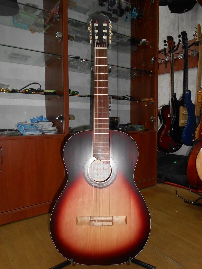 ( 01/111 ) Новая классическая Гитара Львовской музыкальной фабрики Eagle E - 5