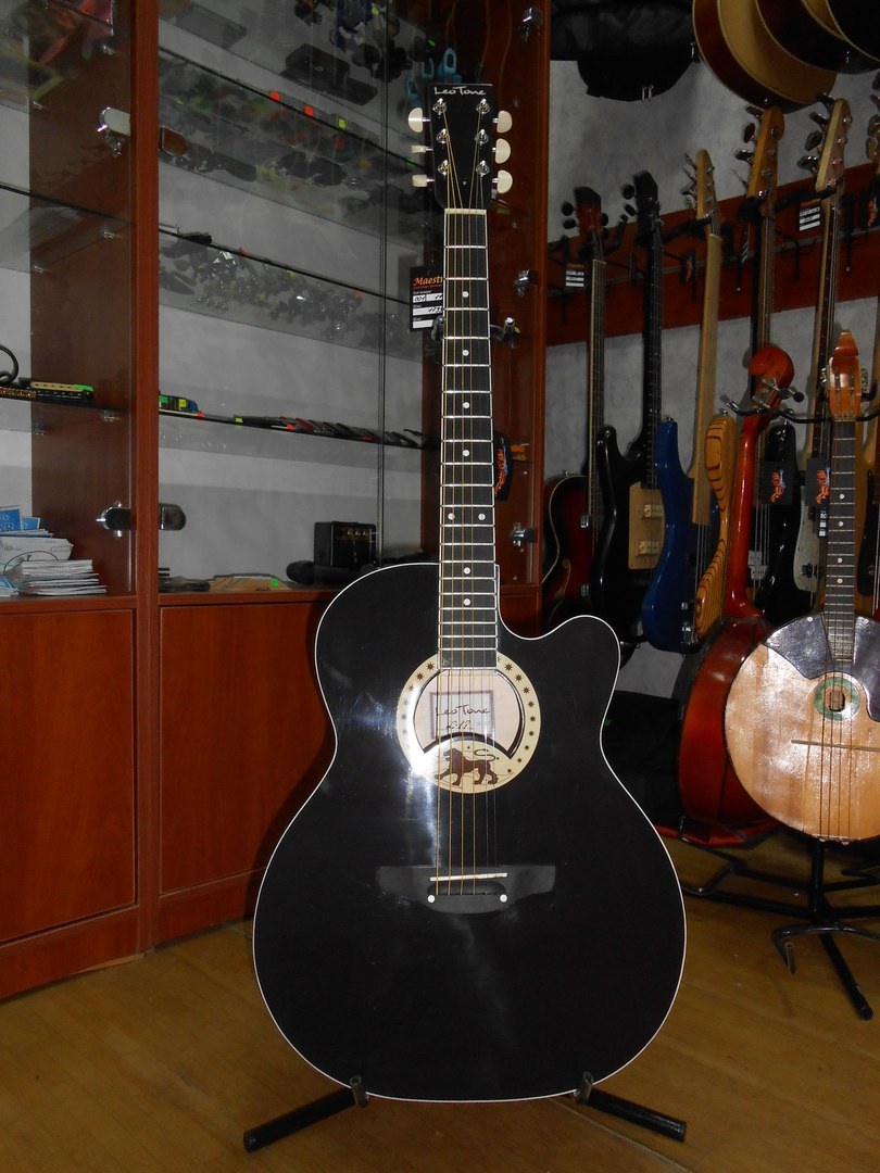 ( 01/114 ) Новая акустическая Гитара Львовской музыкальной фабрики Leo