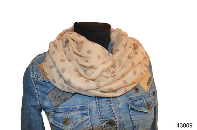 Весенний шарф снуд Алира бежевый 1