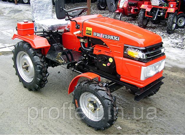 Трактор DW 150RXi (15 л.с., 4х2, колеса 5,00-12/6,5-16, с гидравликой, 4 датчика)