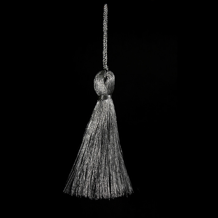 Кисточка подвеска из метал нити-серебро 15 см
