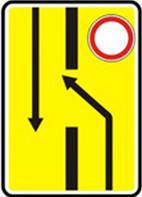 Дорожные знаки Информационно-указательные знаки Изменение направления движения на дороге с разделительн 5.24.1