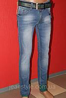 Купить молодёжные летние джинсы мужские STRAVT(стравт) с отворотом