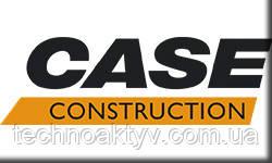 КомпанияCaseявляется одним из ведущих мировых производителейсельскохозяйственных и строительных машин. Главный офис компании находится в городе Расин, штат Висконсин,США. Штаб-квартира Европейского подразделения располагается в Париже,Франция.  История компанииначинается в1842году, когда изобретатель Джером Кейс (Jerome Increase Case) наладил производство молотилок в городе Расине. Компания была названа в честь своего изобретателя Case. Стоит отметить, что компания Case являетсяпервым производителем паровых двигателей для сельскохозяйственной техники, что в последствии превратило компанию в крупнейшего поставщика и производителя паровых двигателей.  В1912 годукомпания Case решает выйти надорожно-строительный рынок. Именно в это время компания начинает производитьпаровые катки и грейдеры.  Начинаяс1957 годаCase расширяет свой бизнес путемпоглощения других компаний. Сначала она приобрела маленькую частную фирмуAmerican Tractor Corporation, которая занималась разработкой и выпускомобратных лопат для гусеничных экскаваторов. В это же самое время Case занимается разработкой прототипа сельскохозяйственного колесного трактора, главное новшество которого былообратная лопата сзади и ковш погрузчика спереди. Так появилась новая модель трактора, экскаватора-погрузчикаCase Model 320.  Благодаря слиянию сAmerican Tractor Corporation, Concord Inc., International Harvest, Poclain, Fermec Holding Ltd., Bor-Mor Inc., Austoft Holding Ltdкомпания Case превратилась в мирового производителялегкой и среднегабаритной строительной техники.  В сентябре1998 годагусеничные экскаваторы Case стали выпускаться совместно с японским производителемSumitomo. Компании объявили о создании глобального стратегического союза по производству и продаже данного вида техники. А в 1999 году, после слияния компании cNew Holland, появился концертCase New Holland (CNH).  Права на производство линейки своих коммунальныхтраншеекопателей и буровых установокCase передала компанииAstec Industries Inc.в 2002 году посл