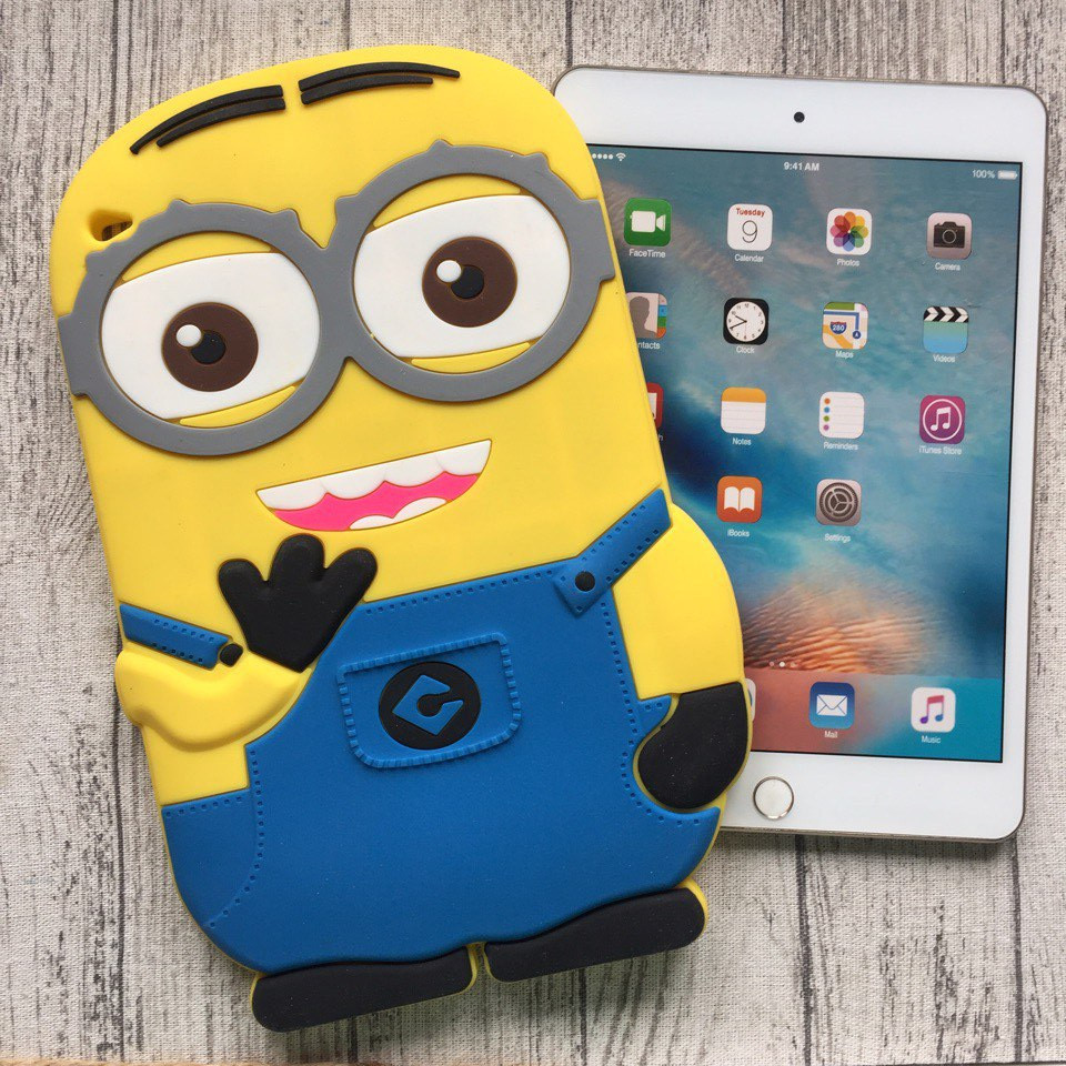 Чехол силиконовый в виде миньона на iPad mini 4
