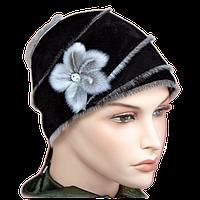 Женский головной убор из замши с нерпой