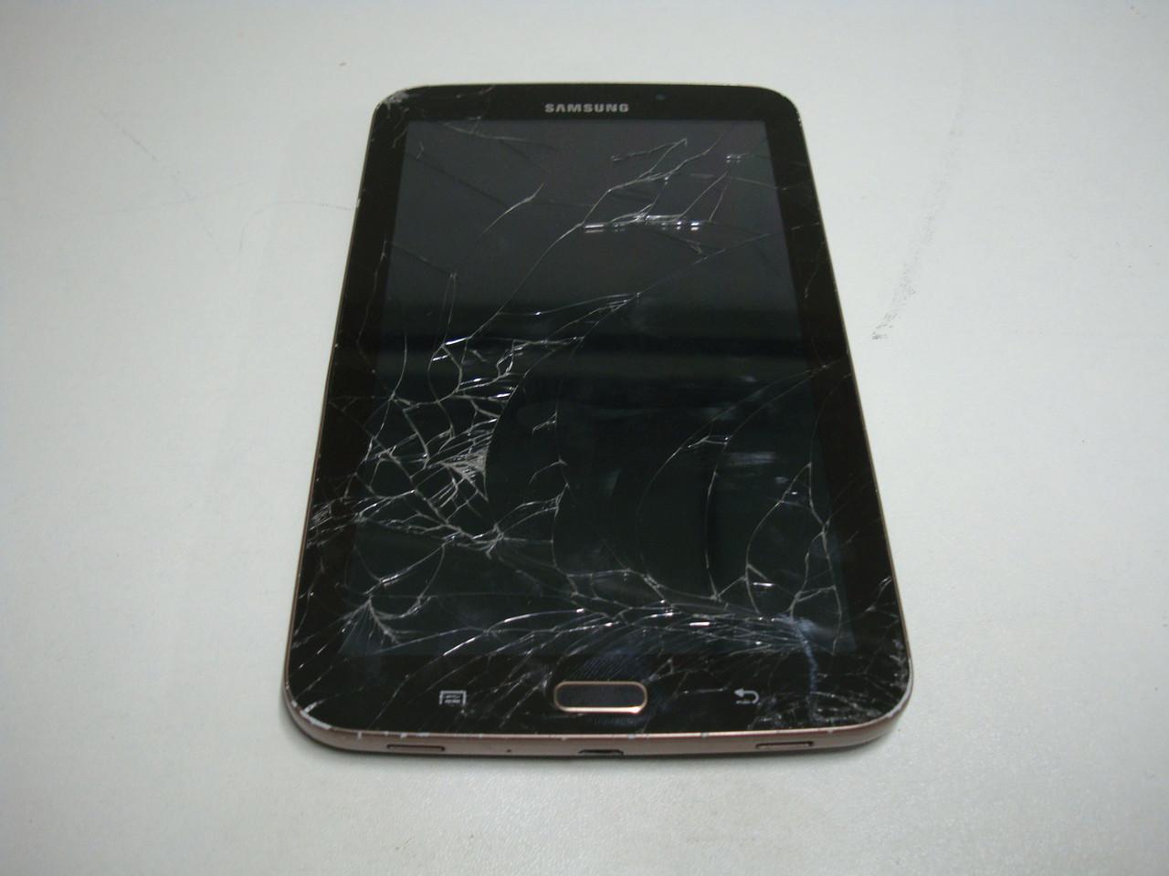 Планшет Samsung  Tab 3 8gb T210 на запчасти (материнская плата, батарея, экран, фронтальная и тыловая камера)