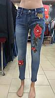 Джинсы женские c вышивкой розы (XS-L)
