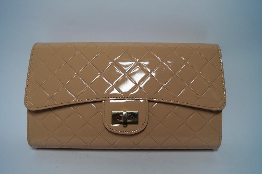 dfedc4f4725a Клатч бежевый женский лаковый - Интернет-магазин стильной женской обуви и  сумок в Николаеве