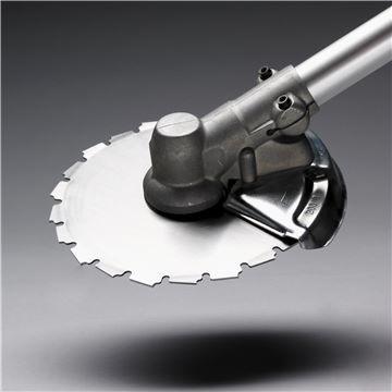 Пильный диск на редукторе бензокосы Хускварна
