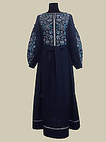 Льняное нарядное платье Мрия с машинной вышивкой синего цвета