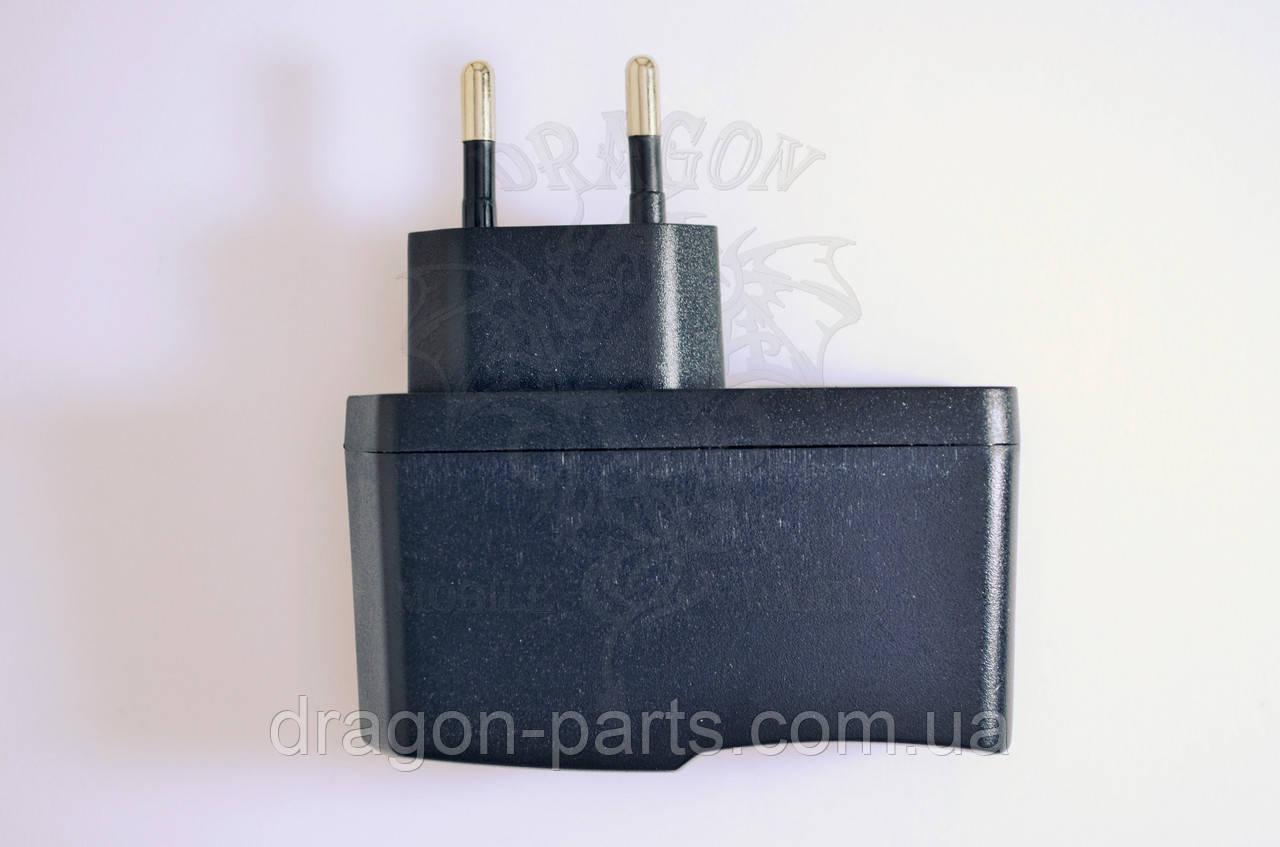 Сетевое зарядное устройство Nomi C10103 Ultra Black ,оригинал