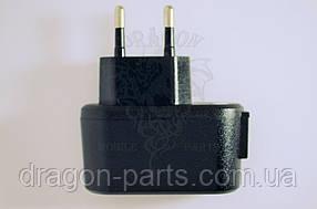 Сетевое зарядное устройство Nomi i242 ,оригинал