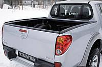 Комплект накладок на бічні борти і задній відкидний борт без скотча Mitsubishi L200 2007-2013 р. в.