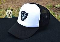 Кепка с принтом Raiders Trucker  | мужская  | черная  | белая  | летняя  | тракер  | реплика