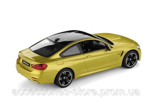 Радиоуправляемая модель BMW M4 Coupe RC, Austin Yellow
