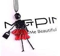 Ожерелье колье модница девушка на длинной цепочке красное платье