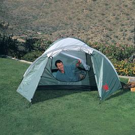 Палатки туристические и спальники