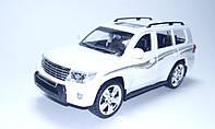 Машинка коллекционная Toyota Land Cruiser 200 Белый