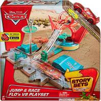 Игровой набор Трюки Фло из м/ф Тачки, Disney Cars, Mattel