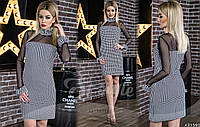 Платье средней длинны с манжетами и горловиной (чокер съемный) в виде рюш.
