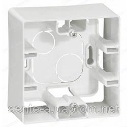 Коробка для накладного монтажа 1 пост белая Legrand Etika 672510