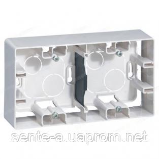 Коробка для накладного монтажа 2 поста белая Legrand Etika 672530