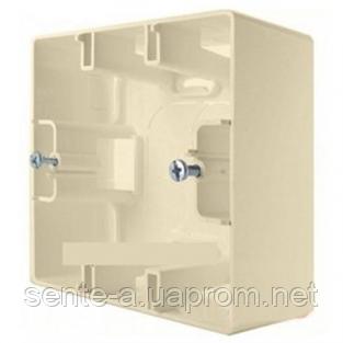 Коробка для накладного монтажа 1 пост слоновая кость Legrand Etika 672520