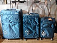 Качественный чемодан на колесиках маленький   4 цвета