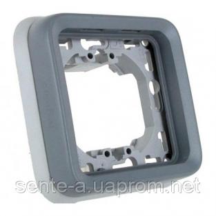 Суппорт с рамкой для встроенного монтажа серый 69681 IP65 IK07 Legrand Plexo
