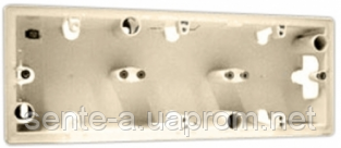 Коробка для накладного монтажа 3 пост Legrand Valena слоновая кость 776133