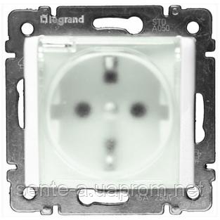 Механизм розетки (2К+3) со шторками и крышкой IP44 белый 774220 Legrand Valena