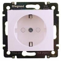 Механизм розетки (2К+3) 16А немецкий стандарт со шторками белый 774421 Legrand Valena