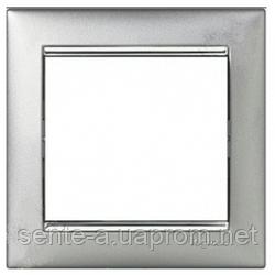 Рамка 1 пост алюминий/серебряный штрих Legrand Valena 770351