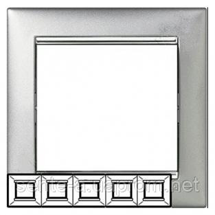 Рамка 5 постов алюминий/серебряный штрих Legrand Valena 770355
