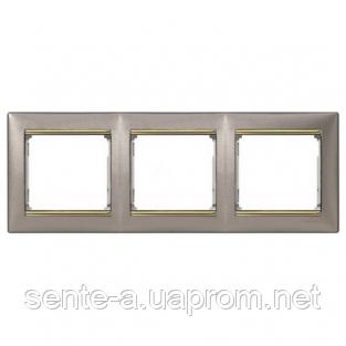 Рамка 3 поста титан/золотой штрих Legrand Valena 770363