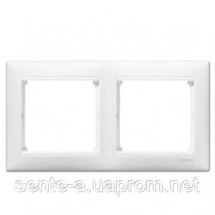 Рамка 2 поста белый Legrand Valena 774452