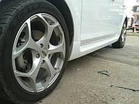Ford Focus II 2008-2011 гг. Боковые пороги (стекловолокно)