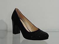 Туфли женские замшевые натуральные на каблуке с камнями