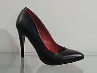 Туфли женские кожаные на шпильке черные