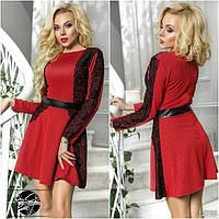 Коктейльное платье красного цвета с гипюром и экокожей. Модель 12755.