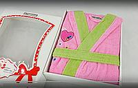 Розовый махровый халат  с сердечками для девочек 12-14 лет