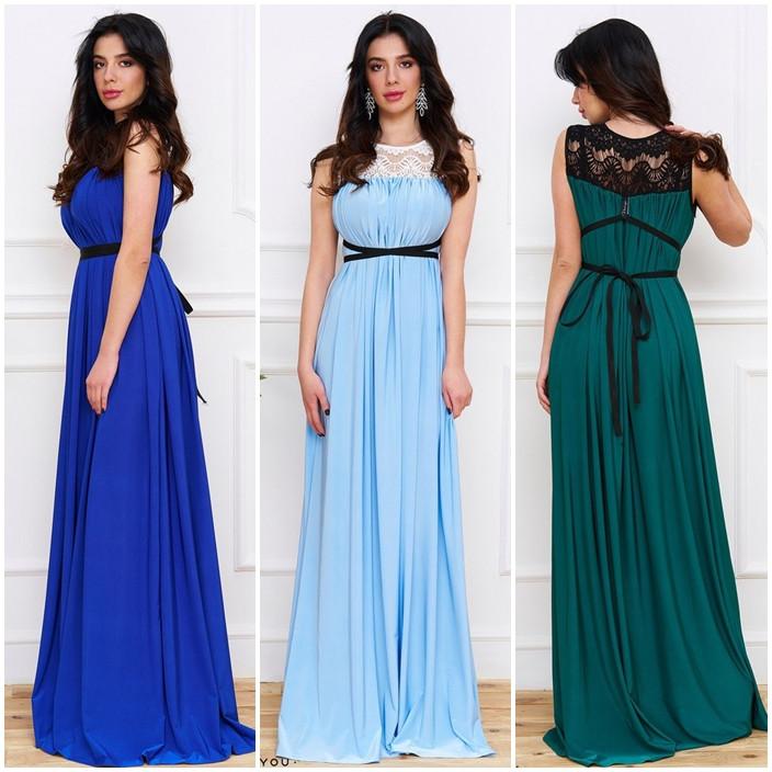 Платье с кружевом и лентой