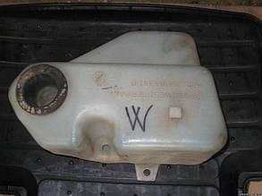 Бачок стеклоомывателя Фольксваген Volkswagen T2 Т3